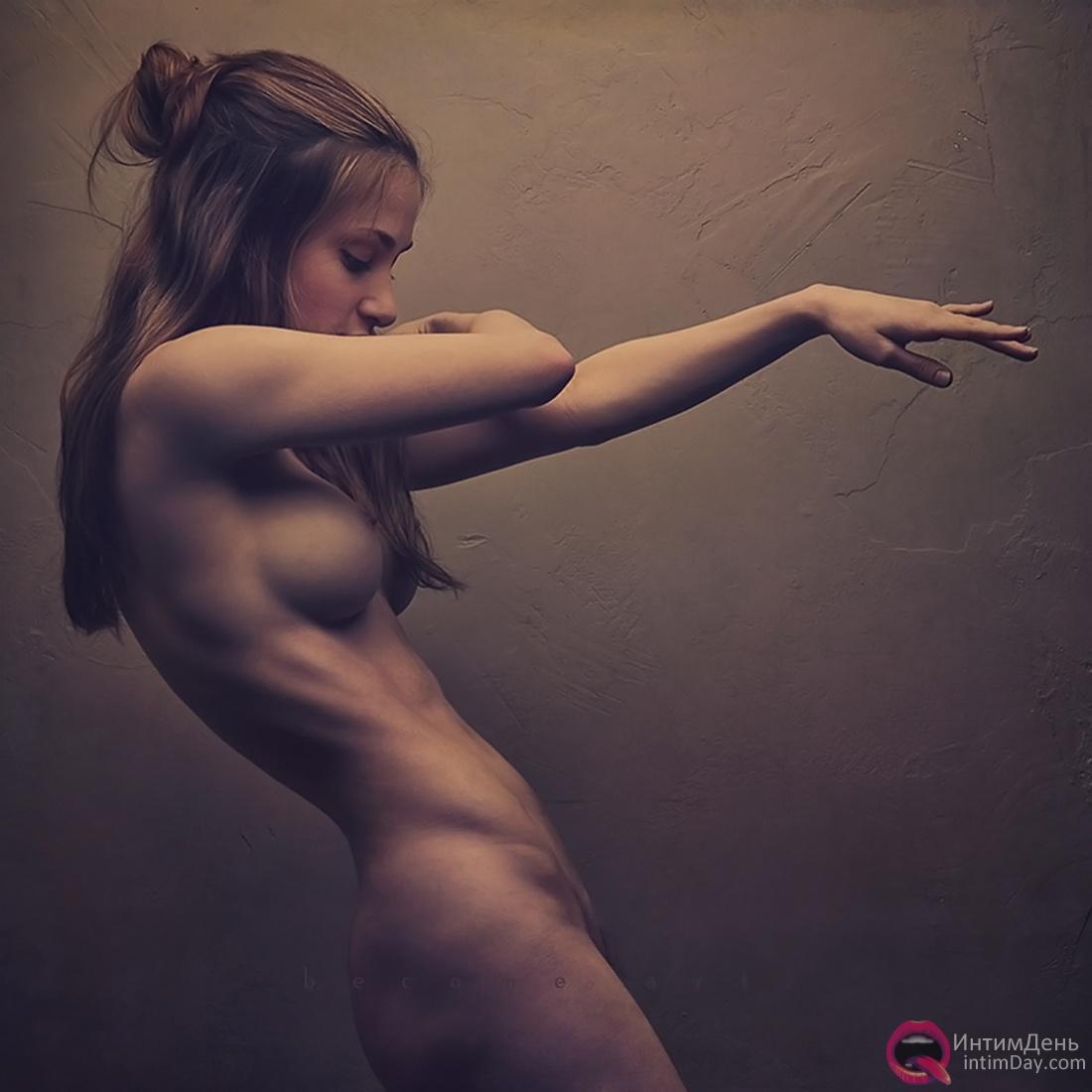 Проститутки принимают на дому 24 фотография